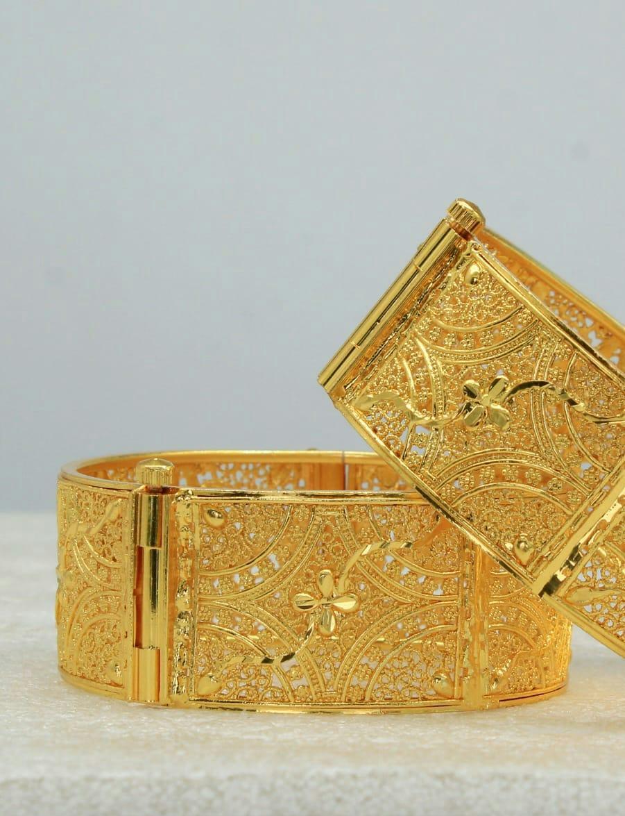 Chidambaram Covering Gold Plated arc design kada bangles